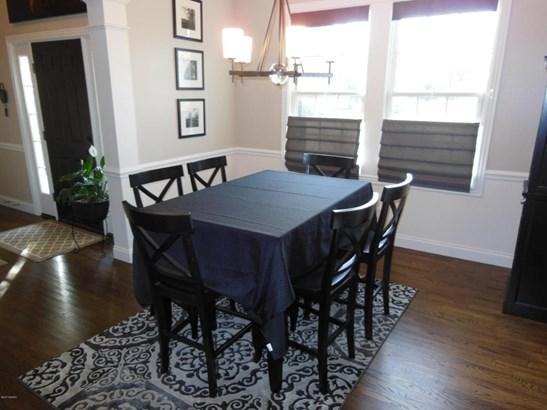 Single Family Residence, Traditional - Stevensville, MI (photo 5)