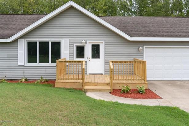 Single Family Residence, Ranch - Benton Harbor, MI