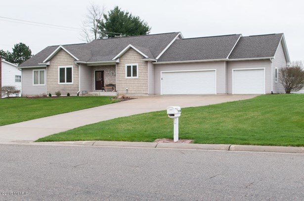 Single Family Residence, Ranch - Kalamazoo, MI (photo 2)