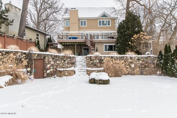 Single Family Residence, Traditional - Battle Creek, MI (photo 1)