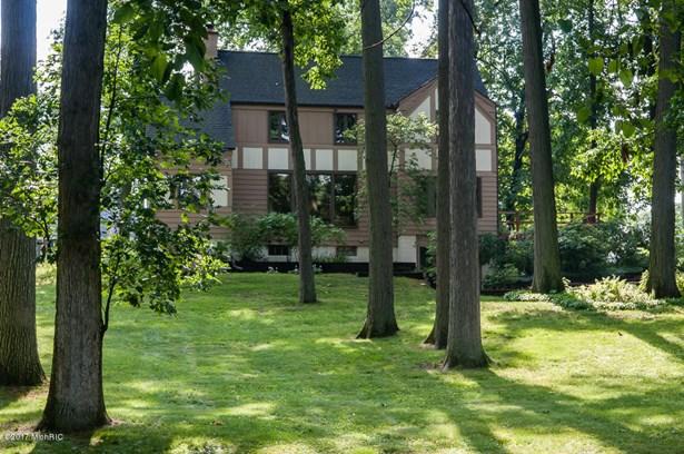 Tudor, Single Family Residence - Battle Creek, MI (photo 4)