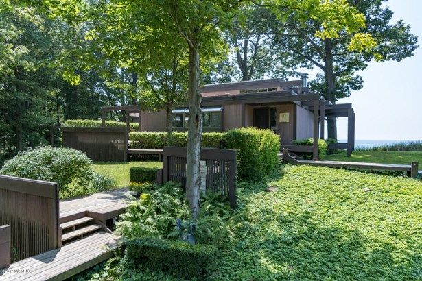 Single Family Residence, Contemporary - South Haven, MI (photo 1)