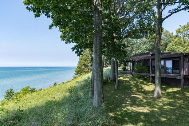 Single Family Residence, Contemporary - South Haven, MI (photo 2)