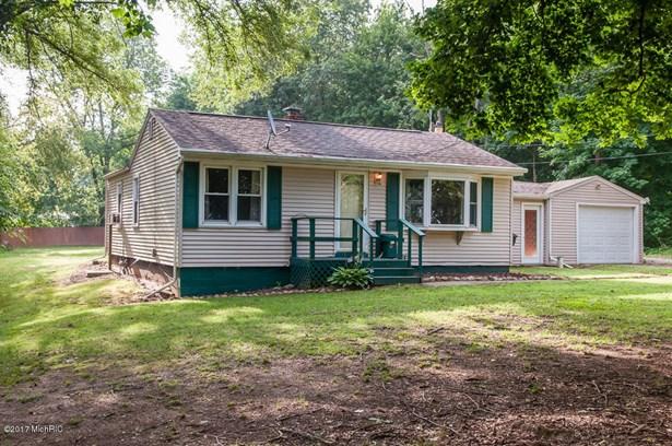 Single Family Residence, Ranch - Ceresco, MI (photo 2)