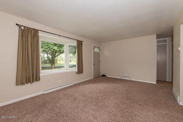 Single Family Residence, Ranch - Ceresco, MI (photo 5)