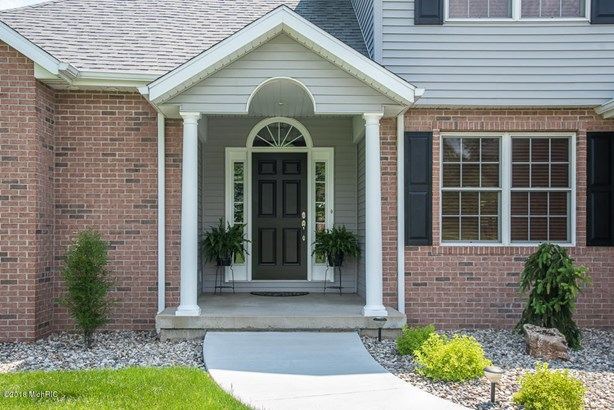 Single Family Residence, Traditional - Galesburg, MI (photo 3)