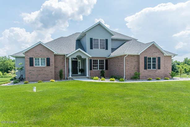 Single Family Residence, Traditional - Galesburg, MI (photo 4)