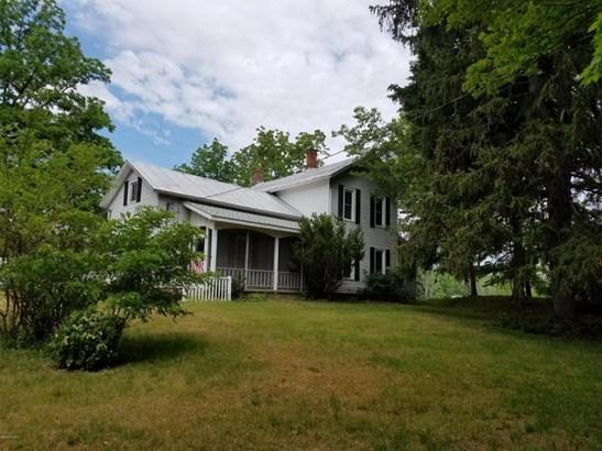 Farm House, Single Family Residence - Otsego, MI (photo 1)