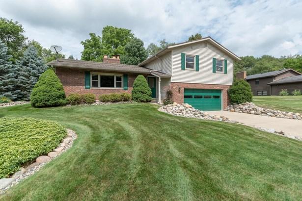 Tri-Level, Single Family Residence - Kalamazoo, MI