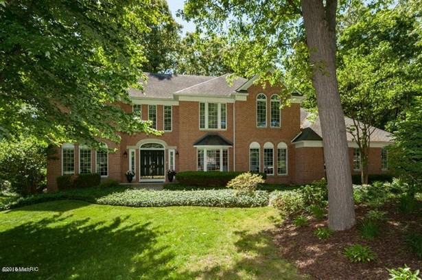 Single Family Residence, Traditional - Portage, MI