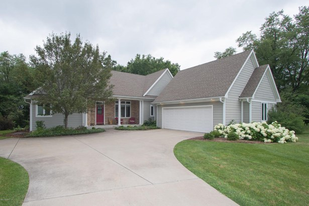 Single Family Residence, Ranch - Kalamazoo, MI (photo 1)