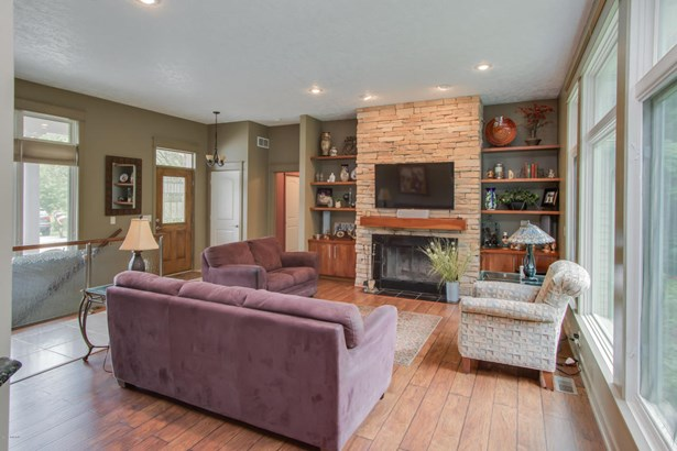 Single Family Residence, Ranch - Kalamazoo, MI (photo 4)