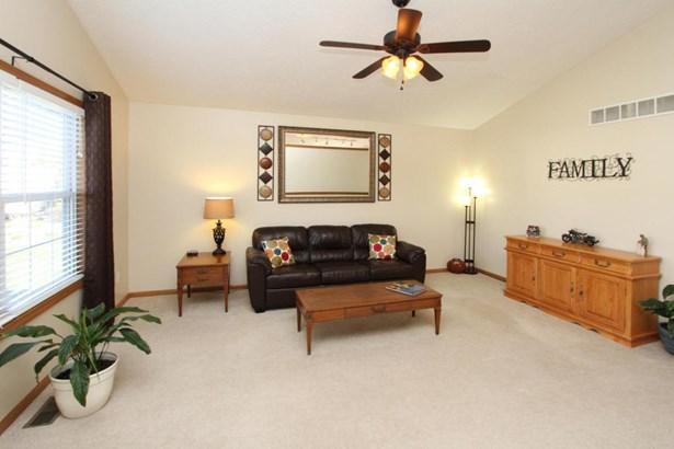 Single Family Residence, Ranch - Scotts, MI (photo 2)