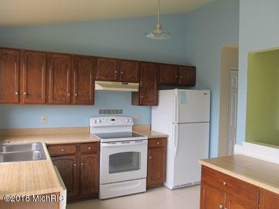 Condominium, Other - Portage, MI (photo 2)