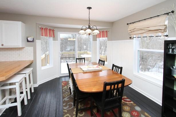 Single Family Residence, Traditional - Plainwell, MI (photo 5)