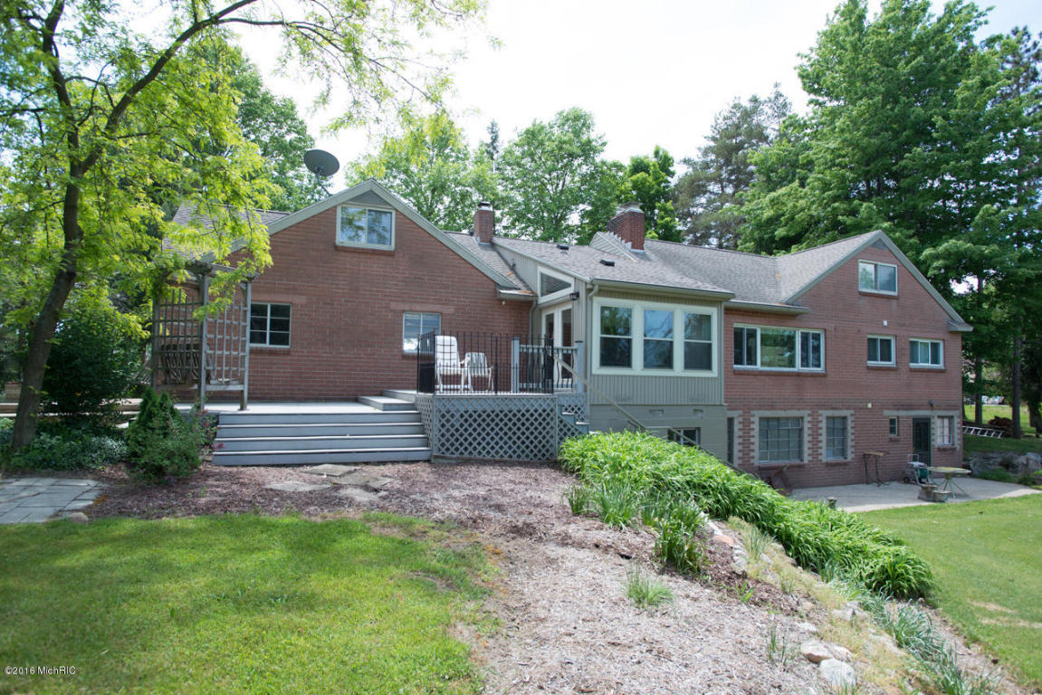 Cape Cod, Single Family Residence - Delton, MI (photo 5)