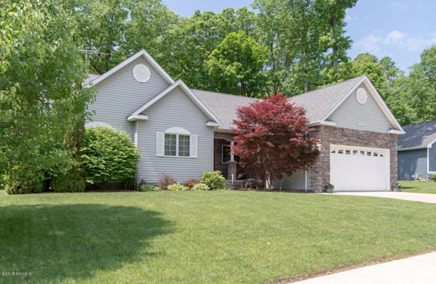 Single Family Residence, Ranch - Benton Harbor, MI (photo 1)