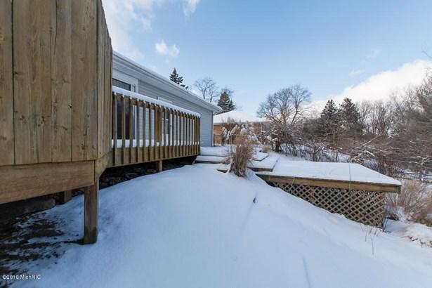 Single Family Residence, Ranch - Springfield, MI (photo 5)