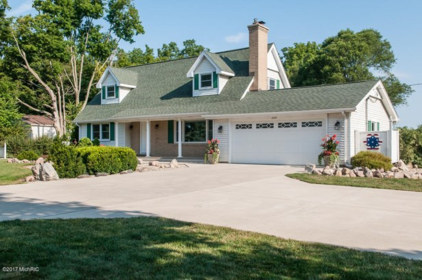 Cape Cod, Single Family Residence - Kalamazoo, MI (photo 1)