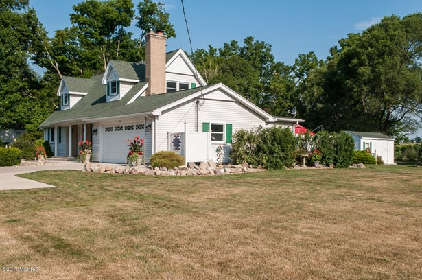 Cape Cod, Single Family Residence - Kalamazoo, MI (photo 5)