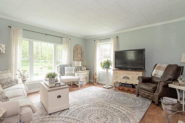 Farm House, Single Family Residence - Lawrence, MI (photo 3)