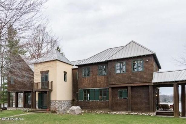 Single Family Residence, Traditional - Lawton, MI (photo 4)