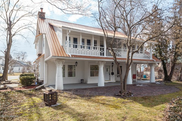 Single Family Residence, Victorian - Battle Creek, MI (photo 2)