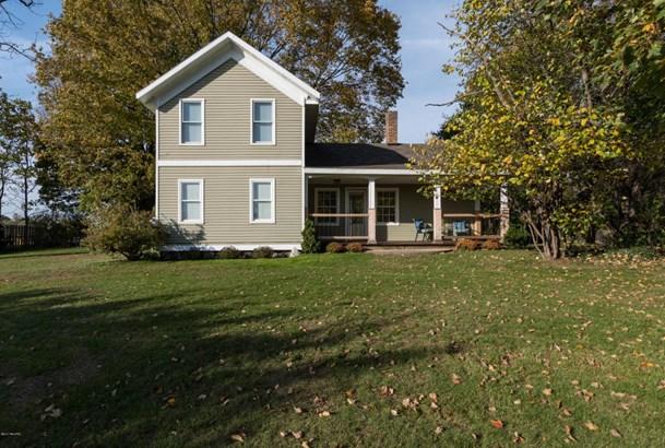 Farm House, Single Family Residence - Bangor, MI (photo 1)