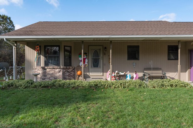 Single Family Residence, Ranch - Mattawan, MI (photo 2)