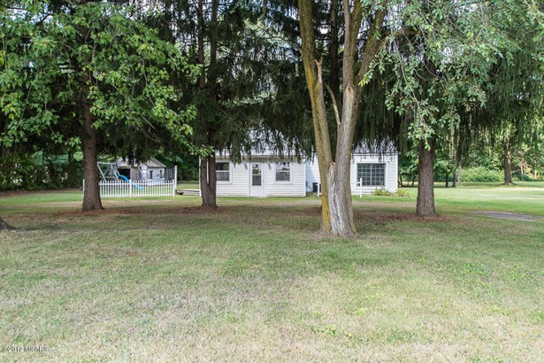 Single Family Residence, Ranch - Vicksburg, MI (photo 2)