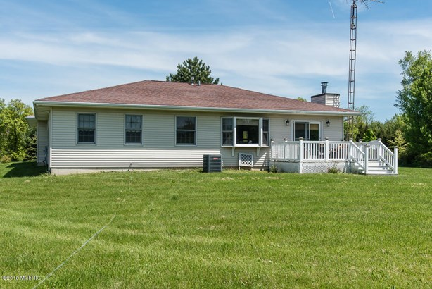 Single Family Residence, Ranch - Delton, MI (photo 4)