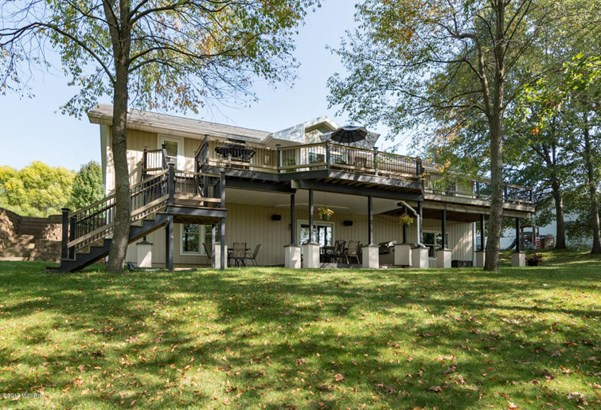 Single Family Residence, Ranch - Paw Paw, MI (photo 2)