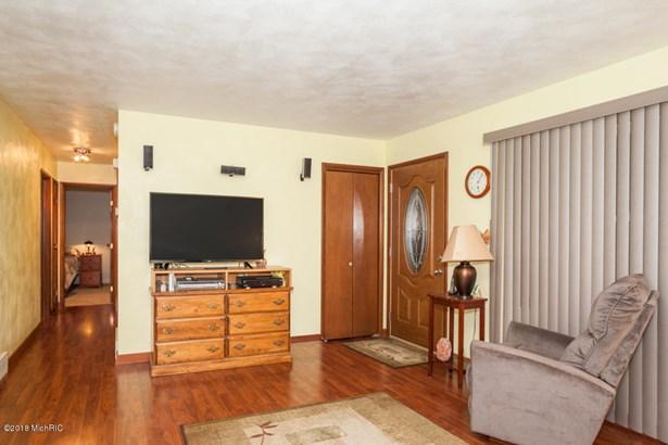 Single Family Residence, Ranch - Marshall, MI (photo 3)