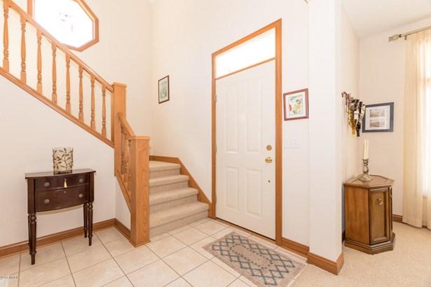 Single Family Residence, Traditional - St. Joseph, MI (photo 4)