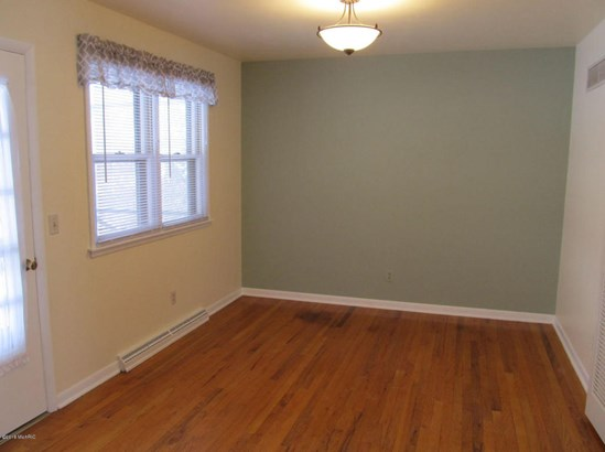 Single Family Residence, Ranch - Richland, MI (photo 3)