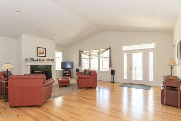 Cabin/Cottage, Single Family Residence - Fennville, MI (photo 5)