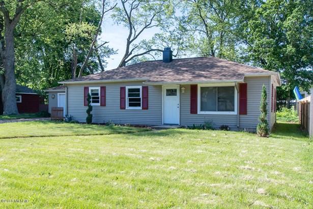 Single Family Residence, Ranch - Springfield, MI (photo 1)