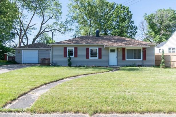 Single Family Residence, Ranch - Springfield, MI (photo 2)