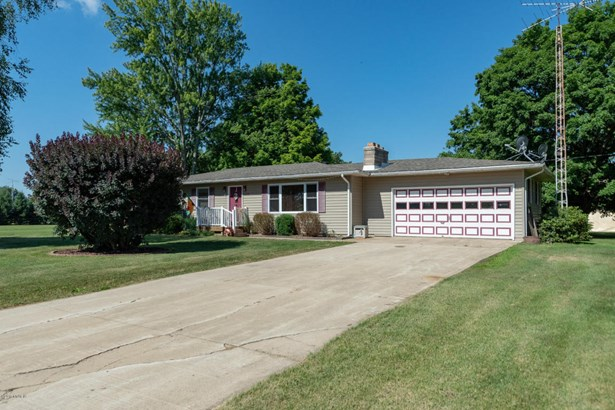 Single Family Residence, Ranch - Vicksburg, MI