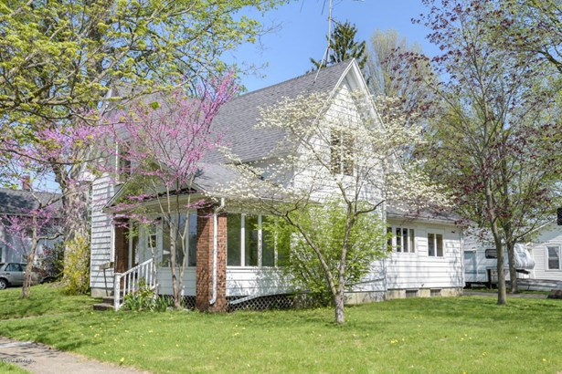 Single Family Residence, Traditional - Otsego, MI (photo 1)
