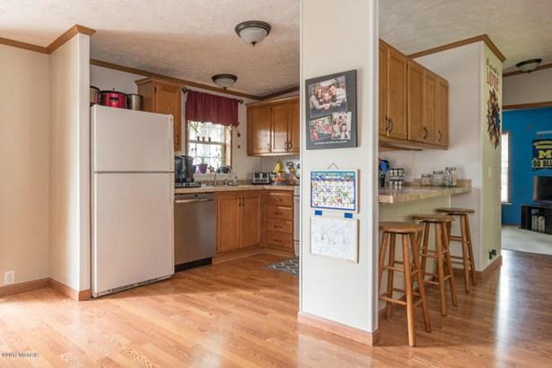 Single Family Residence, Ranch - Lawton, MI (photo 1)