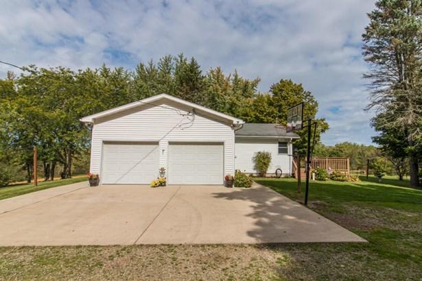 Single Family Residence, Ranch - Buchanan, MI (photo 5)