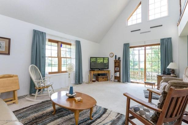 Cape Cod, Single Family Residence - Hickory Corners, MI (photo 4)