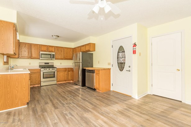 Single Family Residence, Ranch - Paw Paw, MI (photo 3)