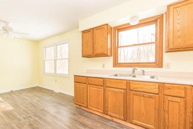 Single Family Residence, Ranch - Paw Paw, MI (photo 4)