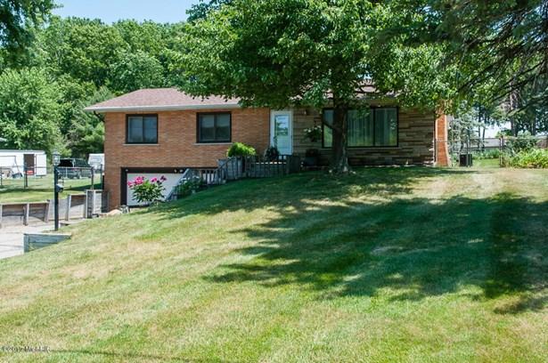 Single Family Residence, Ranch - Battle Creek, MI (photo 1)