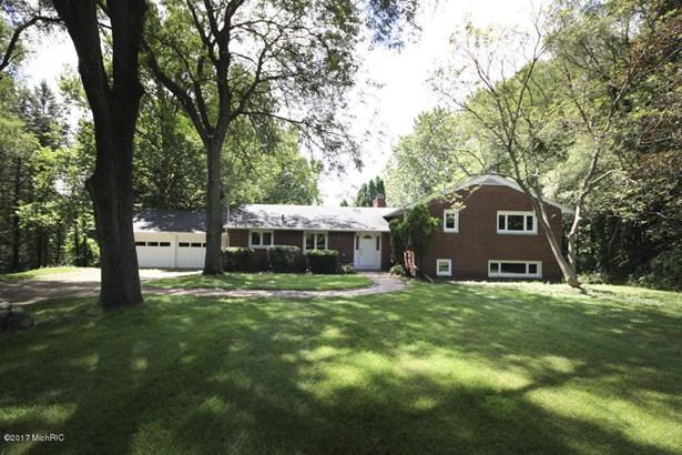 Single Family Residence, Quad Level - Portage, MI (photo 1)