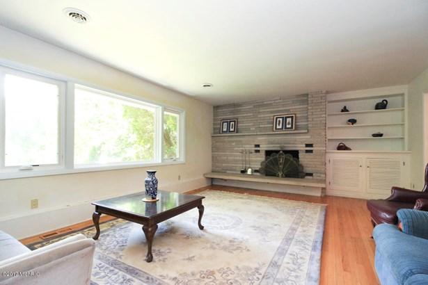 Single Family Residence, Quad Level - Portage, MI (photo 5)
