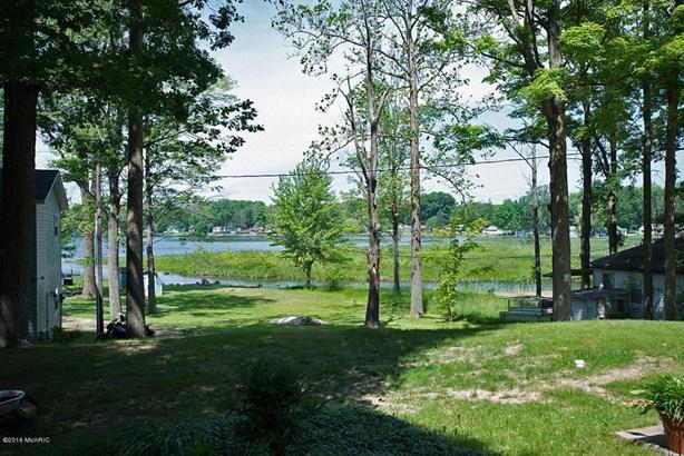 Single Family Residence, Contemporary - Allegan, MI (photo 4)