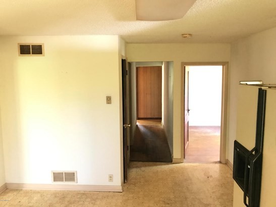 Single Family Residence, Ranch - Bangor, MI (photo 3)